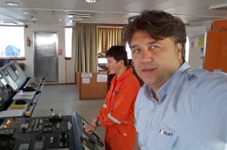 (Turkish) Gökhan Kaptanın rotasında  okuma aşkı var