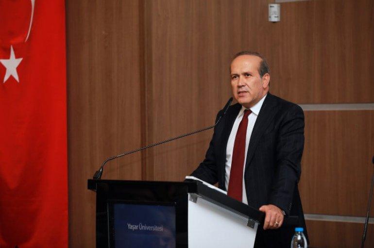 ABD Eski Büyükelçisi Namık Tan Yaşar Üniversitesi'ne konuk oldu