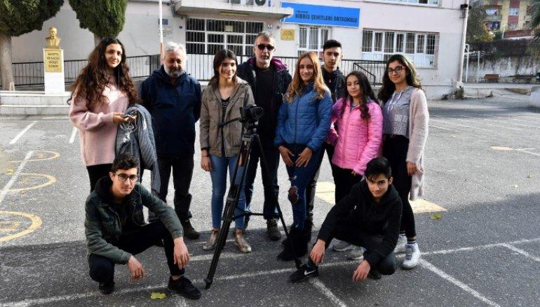 (Turkish) Haydi gençler, film çekiyoruz!