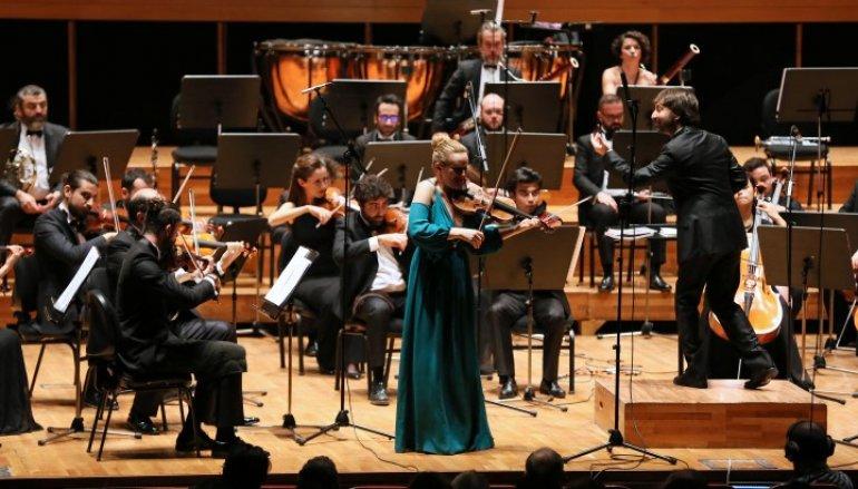 Yaşar Üniversitesi Oda Orkestrasından Romanslar Konseri